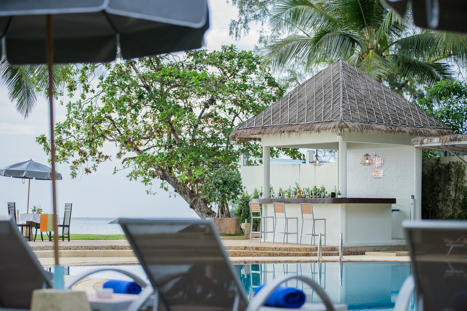 фотографии отеля Hive Khaolak Beach Resort (Ex. Khao Lak Diamond Beach Resort) изображение